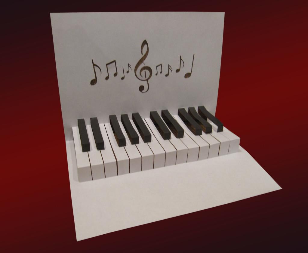 pianino_shablon_iz_bumagi